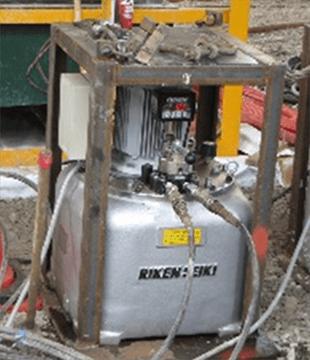 超高圧油圧ユニット
